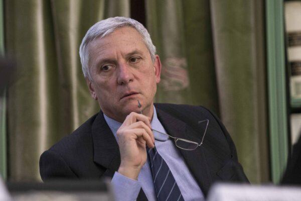"""Luciani incompatibile con la riforma del Csm, interrogazione alla Cartabia: """"Deve lasciare"""""""