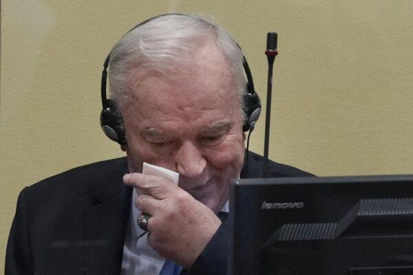 Chi è Ratko Mladic, l'ex generale serbo condannato all'ergastolo per il genocidio in Bosnia