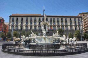 Elezioni municipalità di Napoli, i candidati civici hanno bisogno dei partiti