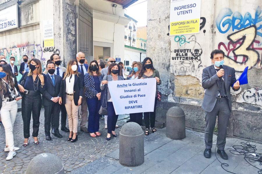 """Giudice di pace nel caos, la proposta degli avvocati: """"Subito rito telematico e nuovo calendario"""""""