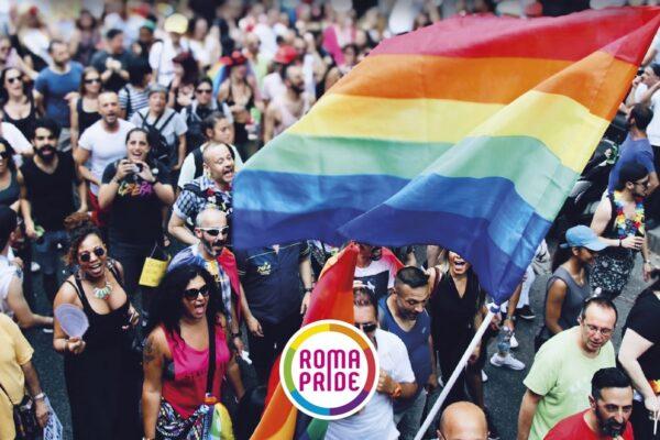 Roma Pride 2021, nel corteo anche la politica: Carlo Calenda, Roberto Gualtieri, Monica Cirinnà e Elio Vito