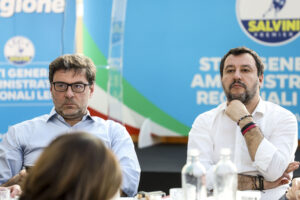 La vittoria di Giorgetti e l'ossessione di Salvini: salvarsi dal sorpasso della Meloni