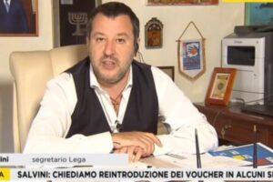Chi paga 600 euro al mese a un cameriere non è sfruttatore: lo strano rapporto col lavoro di Matteo Salvini