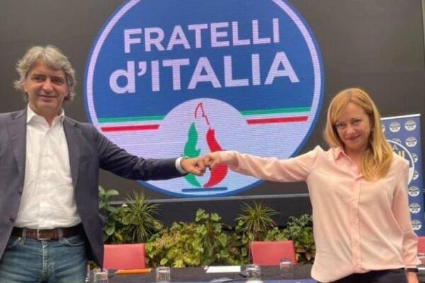 Salvini 'sotto assedio', il sindaco di Verona Sboarina aderisce a FdI: nuovo 'colpo' della Meloni