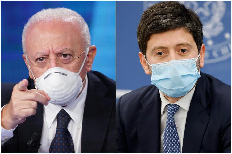 """De Luca bacchetta Speranza: """"Troppi dubbi su mix di vaccini e AstraZeneca e Johnson, due studi non bastano"""""""