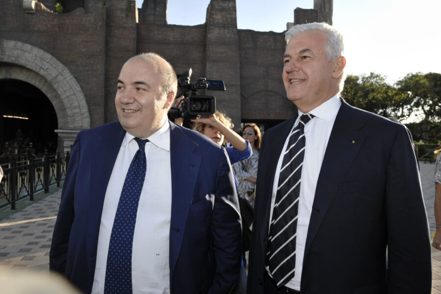 Alessandro Profumo e Fabrizio Viola nella morsa dei Pm: un film già visto