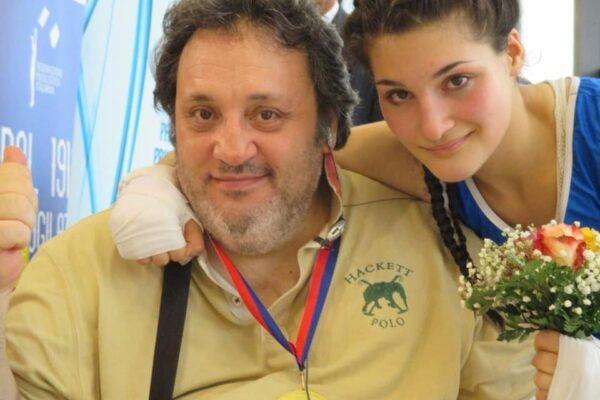 """È morto il padre di Angela Carini, pugile napoletana alle Olimpiadi: """"Sul ring con un pezzo mancante del mio cuore"""""""