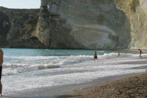 ©Lapresse 04/2008 Ponza.italia cronaca Isola di ponza chiusa per rischio crolli di roccia la spiaggia naturale di chiaia luna Nella Foto:piaggia naturale di chiaia luna