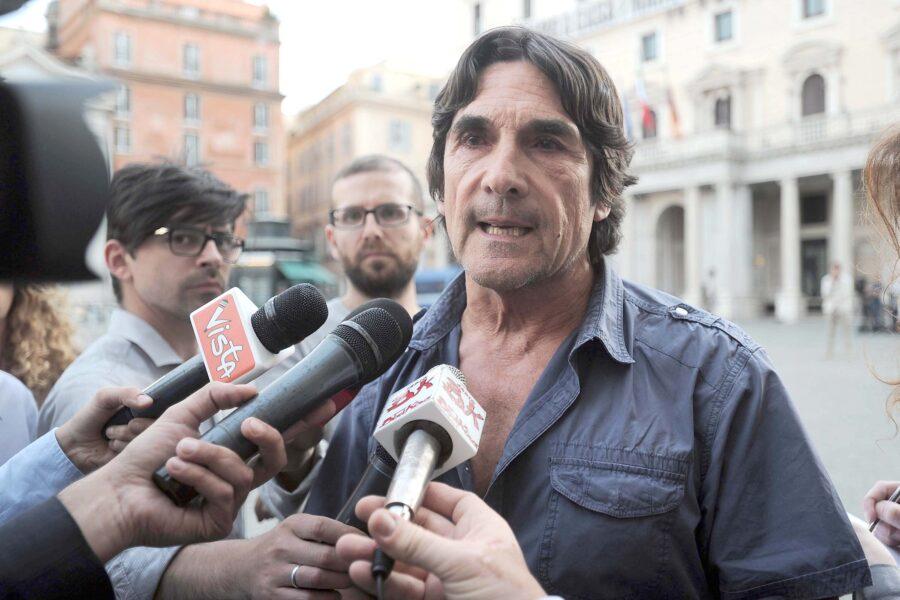 """""""Al G8 di Genova esplose un nuovo '68, poi la truffa 5S ha rovinato tutto"""", intervista a Piero Bernocchi"""