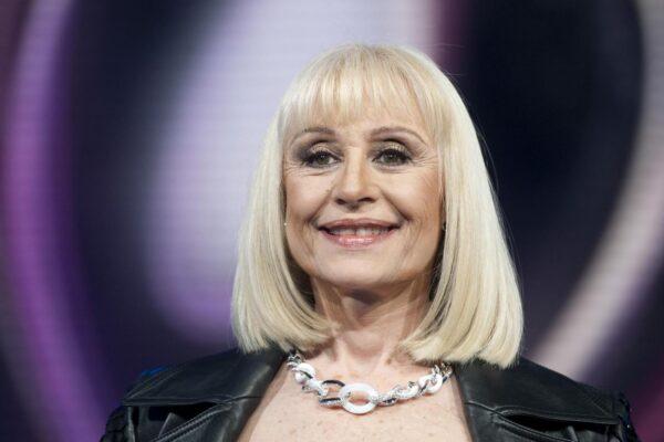 È morta Raffaella Carrà: a 78 anni scompare la regina della televisione
