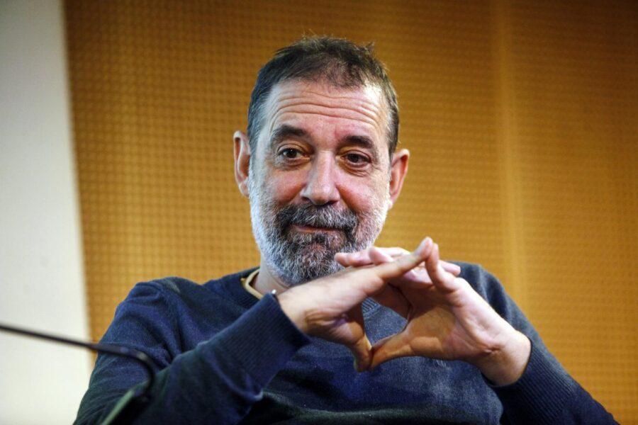 """Emanuele Trevi ha vinto il Premio Strega 2021 con """"Due vite"""""""