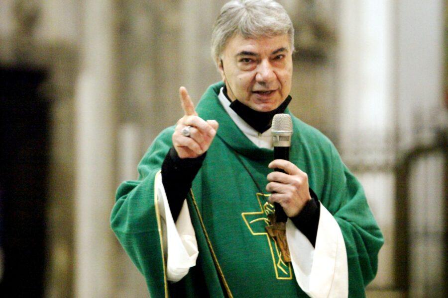 """Pnrr, l'appello dell'arcivescovo Battaglia: """"Mancano Sud e poveri, la politica riparta dal basso"""""""