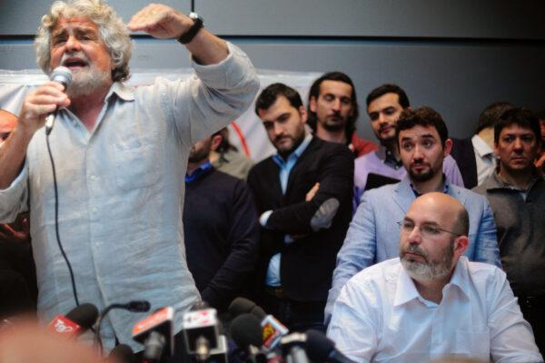 Movimento 5 Stelle verso la scissione: Crimi avvia il voto per il direttivo ma sul nuovo blog (e senza Rousseau)