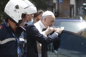 Papa Francesco dimesso, come sta il Pontefice
