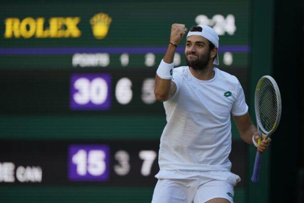 Matteo Berrettini fa la storia: vola in semifinale a Wimbledon 61 anni dopo Pietrangeli