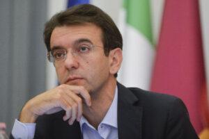 ALFREDO D' ATTORRE POLITICO