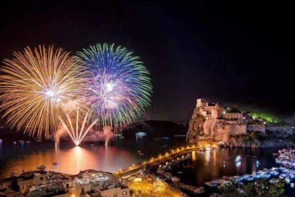 A Ischia come in Francia: Green Pass obbligatorio per la festa di Sant'Anna