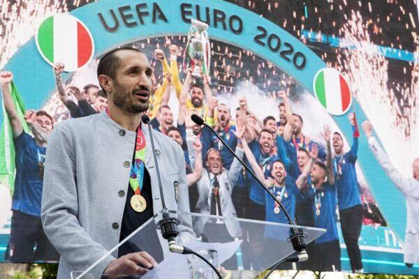 Mancini, Donnarumma e Chiellini eroi italiani, premiati dai social per la vittoria dell'Europeo