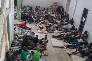 L'Italia sta con gli aguzzini: finanziata di nuovo la missione in Libia tra lager, abusi e violenze