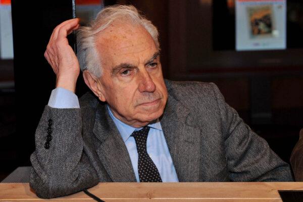 Mario Tronti compie 90 anni, quanto è attuale l'inattualità del fondatore dell'operaismo