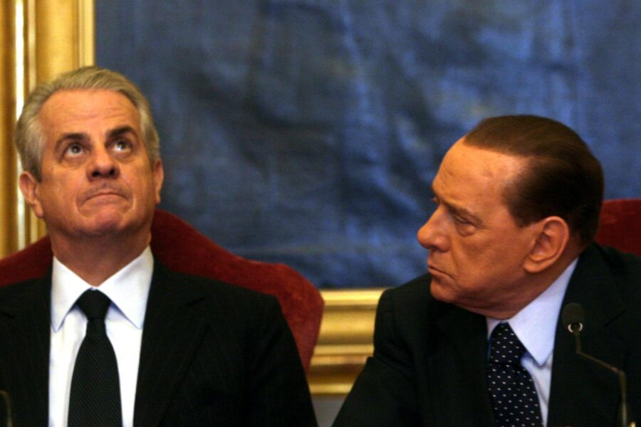 Cosa è successo al G8 di Genova del 2001 e chi sono i responsabili oltre Berlusconi e Scajola