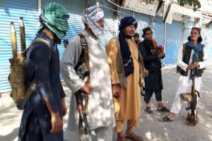 Chi sono i talebani, il gruppo di fondamentalisti islamici che stanno riconquistando l'Afghanistan