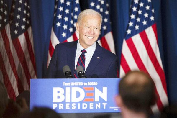 Biden rivoluziona l'America: 3mila e 500 miliardi per sanità, scuola, poveri e migranti