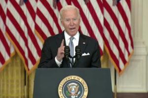 """Biden 'scarica' su Trump: """"Accordo suo ma basta far morire soldati per l'Afghanistan, obiettivo era demolire terrorismo"""""""