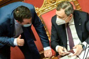 Draghi mette Salvini spalle al muro: sui profughi afghani Matteo isolato, il premier dice sì all'accoglienza