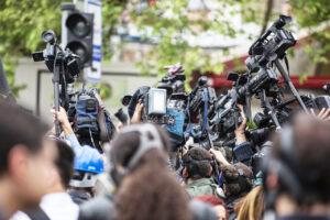 Contro la gogna mediatica servono uffici stampa delle Procure