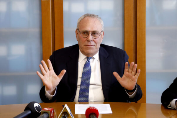 Le lunghe ferie di Greco per tenere il posto in caldo: l'incastro con i giochi di Magistratura Democratica