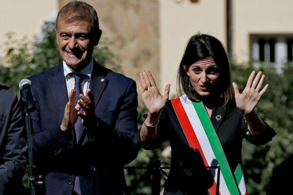 Raggi 'imbarca' Pecoraro Scanio, l'ex ministro verde a sostegno della sindaca dell'emergenza rifiuti