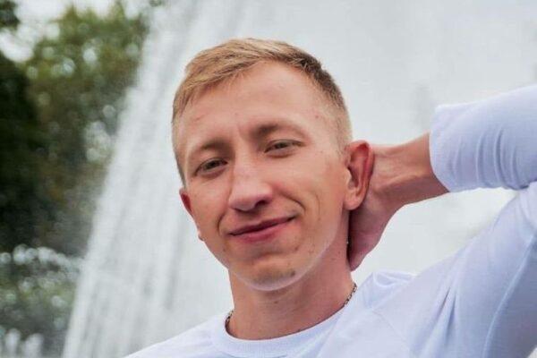 """Dissidente di Lukashenko impiccato a Kiev, Vital Shyshov trovato nel parco: """"Segni di pestaggio"""""""