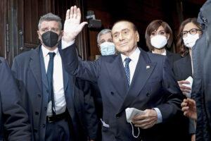 Berlusconi va risarcito: dopo 20 anni di insulti e gogna merita il Quirinale