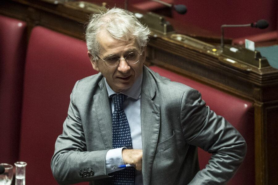 """Ferri intercettato, la Camera frena il Csm: """"No a richieste a strascico"""""""