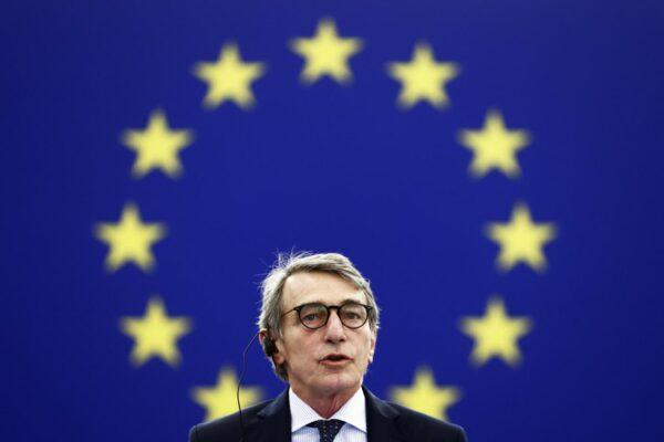 David Sassoli ricoverato: il Presidente del Parlamento Ue in ospedale per una polmonite