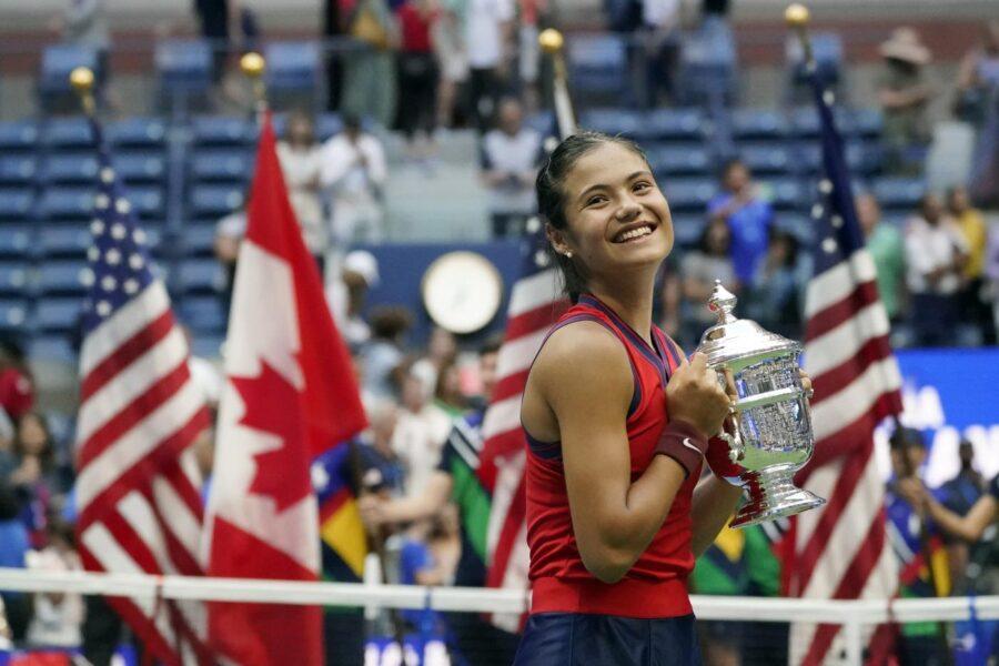 Chi è Emma Raducanu, la tennista britannica che ha vinto gli US Open