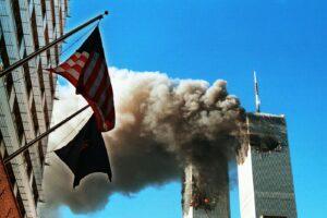 """L'America ricorda l'11 settembre, 20 anni dopo è il primo senza guerra. Biden: """"Unità è la nostra forza"""""""