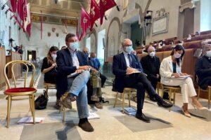"""Passerella elettorale a San Basilio, Raggi: """"Ho accompagnato Gualtieri"""", ma il dem smentisce"""