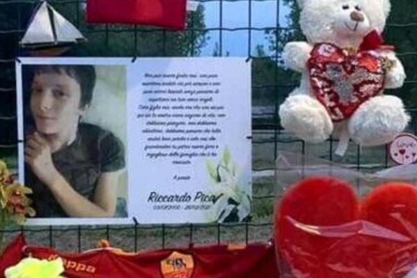 """""""Morto di paura"""": l'autopsia su Riccardo Pica, 16enne inseguito con l'accetta in un parco"""