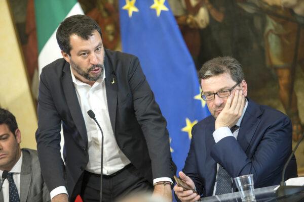 Il vero nemico di Salvini è Giorgetti, il ministro vuole tenere Draghi al governo fino al 2023