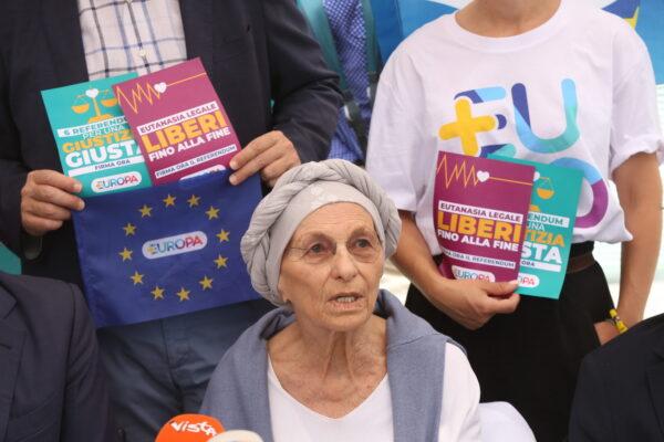 """Intervista a Emma Bonino: """"Il Palazzo protesta contro i referendum, con la raccolta firme ancora in corso"""""""
