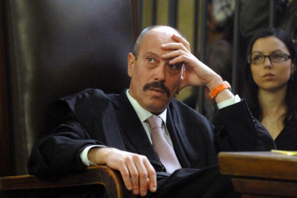 """""""De Pasquale va trasferito"""", chissà se i Pm lo difenderanno come con Storari…"""
