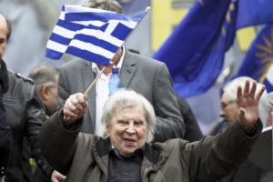 Chi era Mikis Theodorakis, musicista partigiano in lotta contro la dittatura