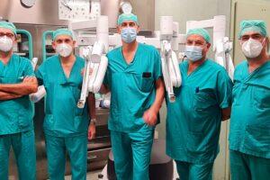 Tumore dei polmoni, al Pascale i primi interventi di robotica mininvasiva in Campania