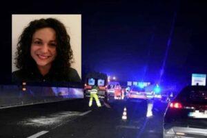 Tragedia in autostrada, Maddalena muore a 27 anni nello schianto: amico 30enne in gravi condizioni