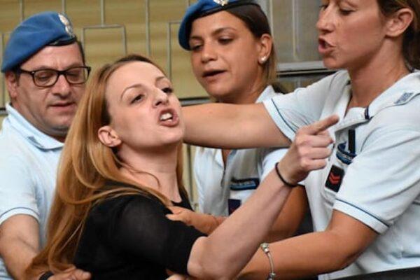 """Omicidio Lorys, Veronica Panarello condannata per aver calunniato il suocero: """"Fu lui ad ucciderlo"""""""