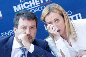 Salvini e Meloni nei guai insieme tra i casi Morisi e Fidanza