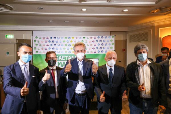 """Manfredi sindaco, De Luca smonta Pd e M5S: """"A Napoli vince linea Regione, ho visto più dirigenti grillini che voti"""""""