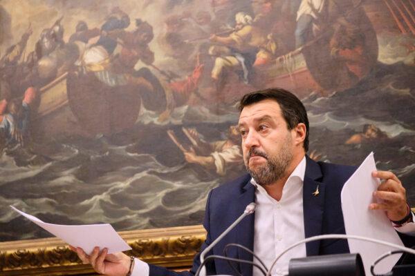 Salvini rosica e prova a sabotare Draghi, un altro 'Papeete' per il leader della Lega dopo la sconfitta alle amministrative